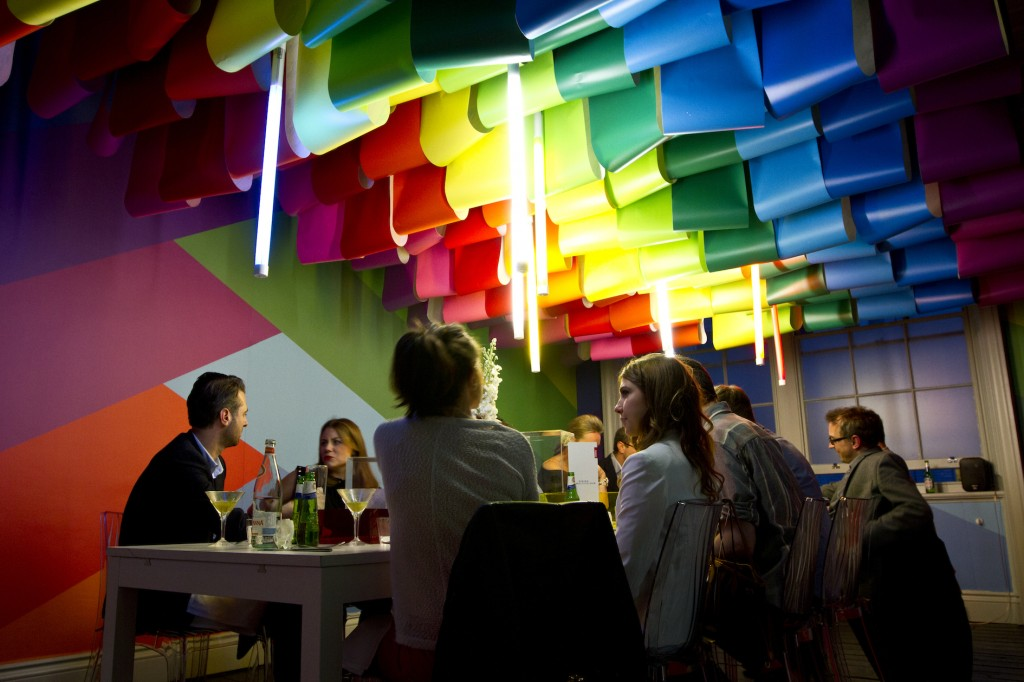Dining in Multicolour 1