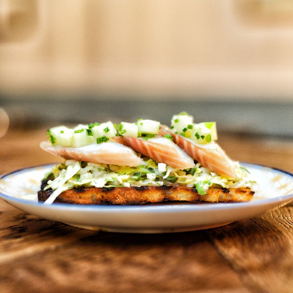 HOPSCOTCH_Smoked eel with scrambled eggs on toasted rye