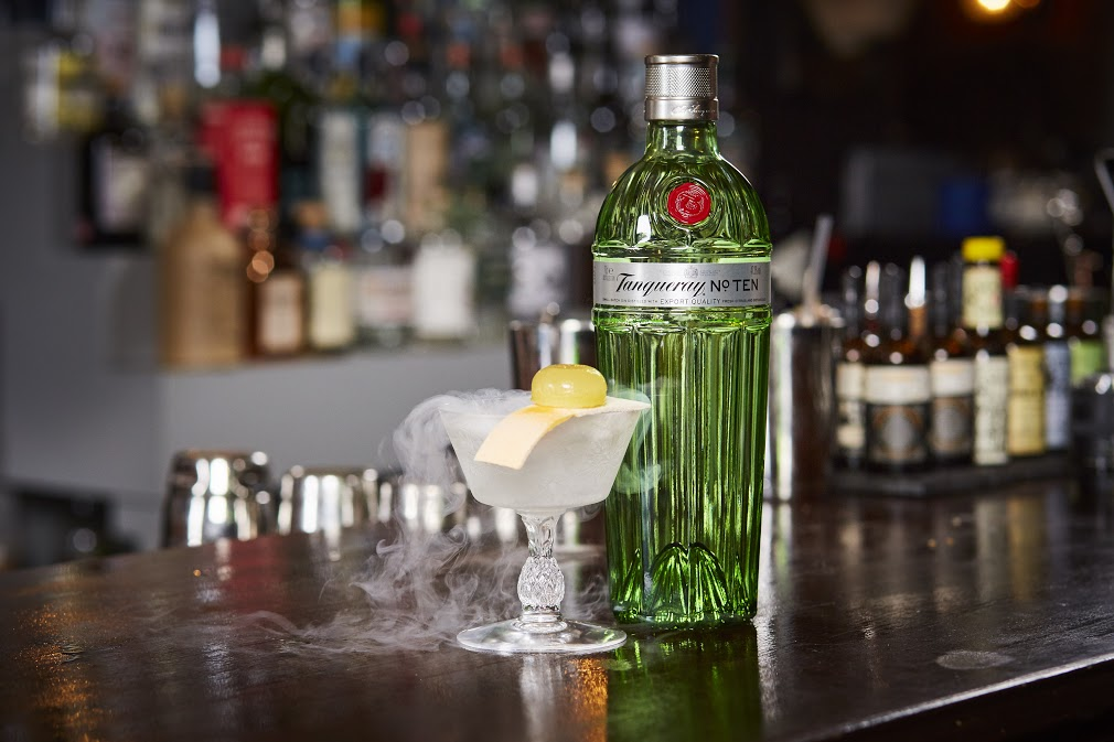Tanqueray No. TEN future martini